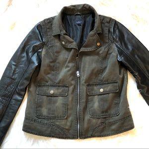 women's American Eagle jacket medium canvas body